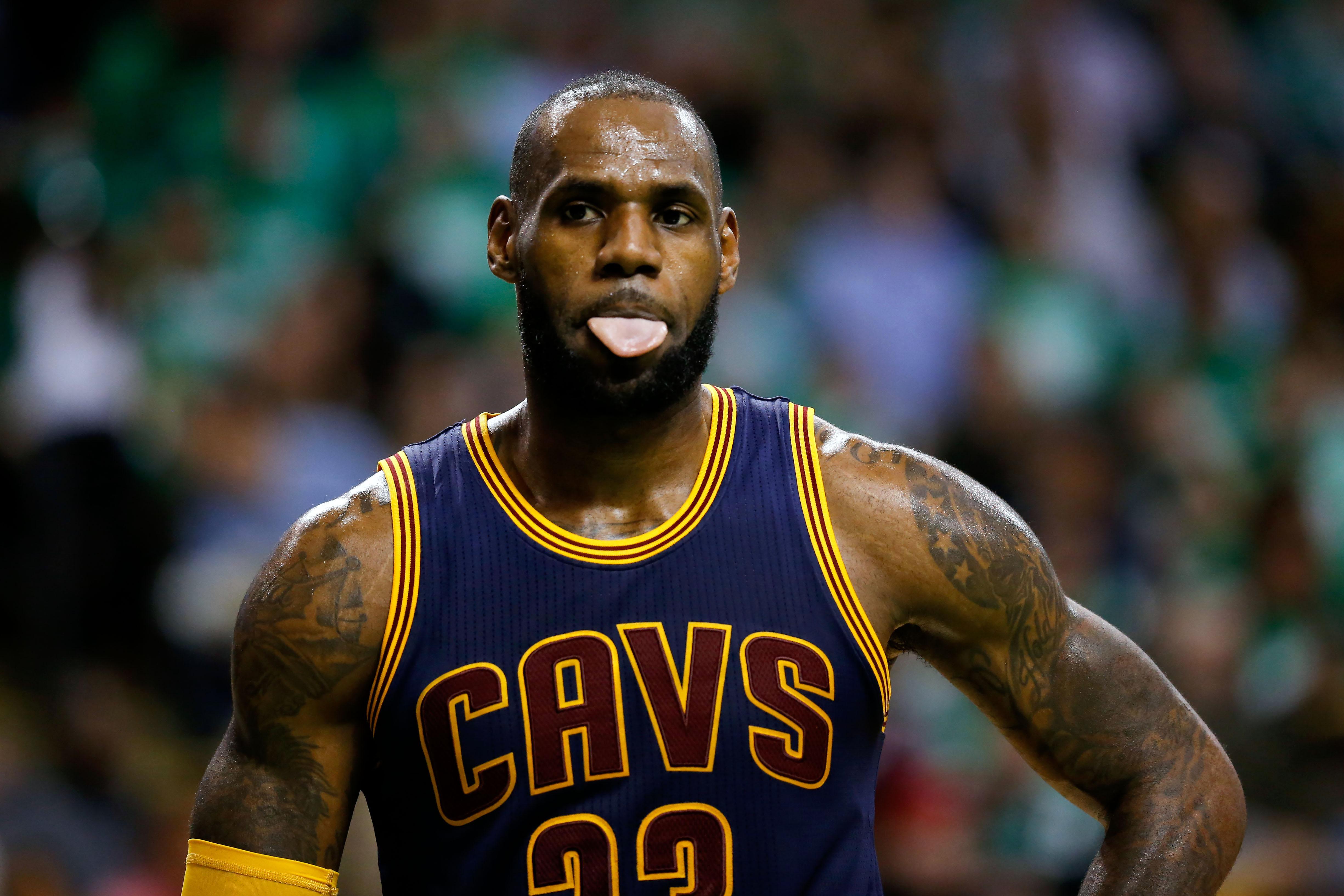 Lakers rumors: Three reasons LeBron James would be bad for LA - Page 2
