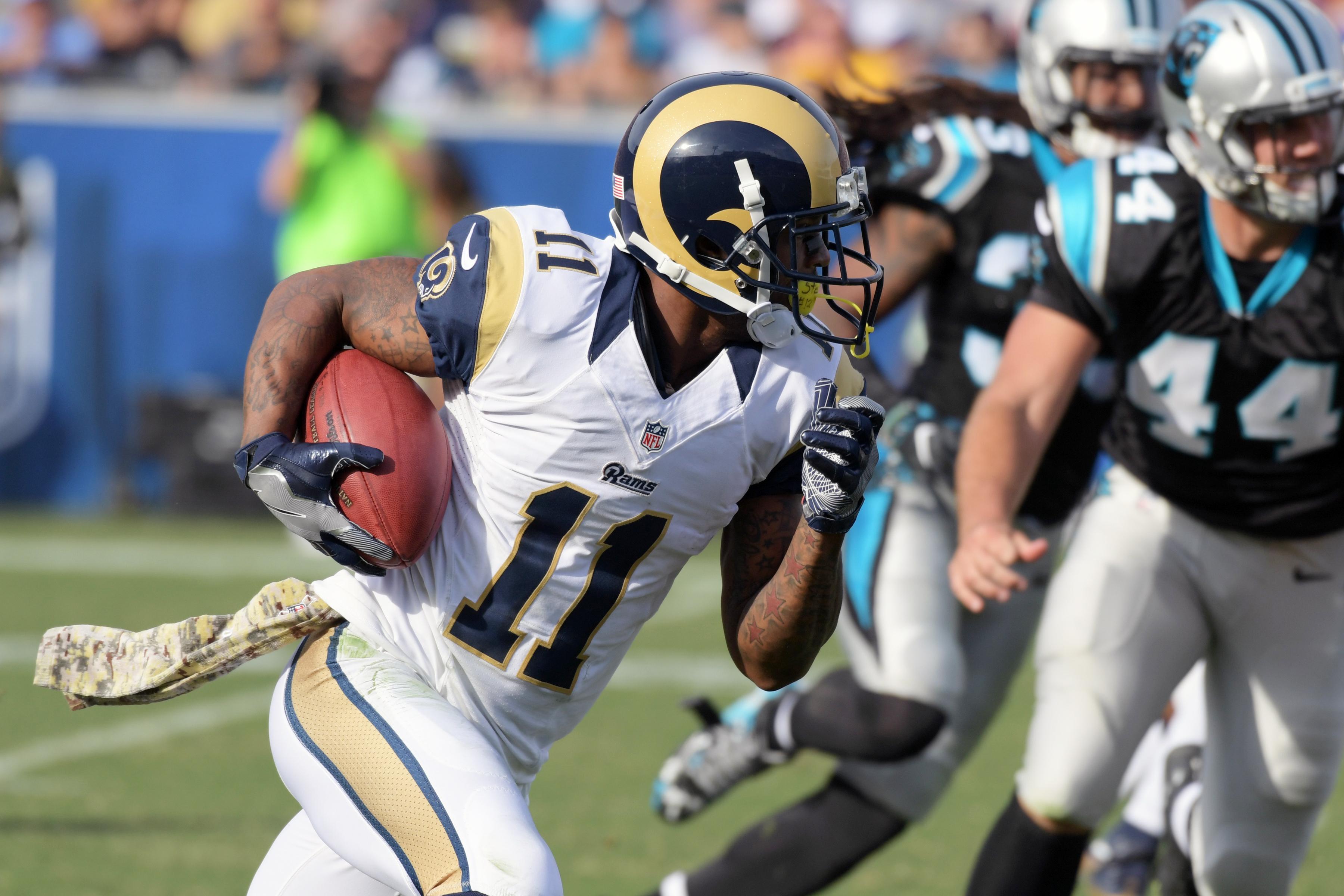 rams rumors wide receivers  rams  pursue   agency